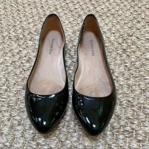 Gianni Bini Black Shiny Pointed Toe Ballet Flat